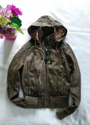 Куртка цвета хаки, рр с-м