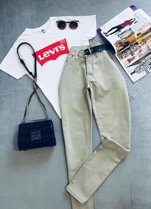 Качественные котоновые джинсы мом /бойфренды / брюки/ высокая посадка wrangler