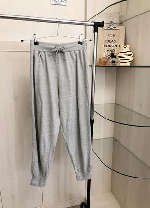 Серые спортивные штаны джоггеры с резинкой внизу от primark xs размера