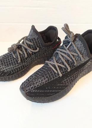 Женские кроссовки светящиеся шнурки