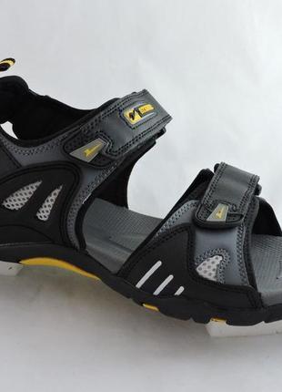 Мужские спорт-сандалии супер качество,очень мягкие и удобные.