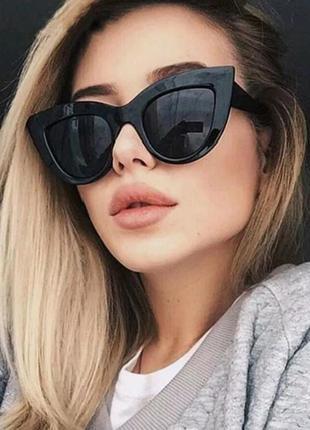 Черные солнцезащитные очки лисички, кошечки, чорні сонцезахисні окуляри