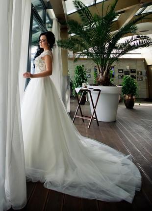 Продам роскошное свадебное платье.