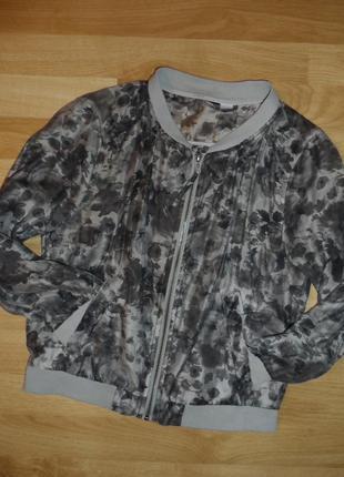 Куртка ветровка в модний принт h&m