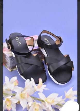 Стильные черные босоножки сандалии на плоской подошве низкий ход