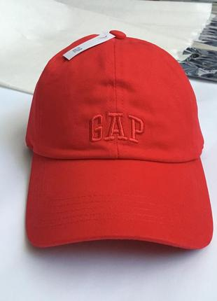 Кепка gap