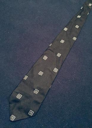 Чоловіча краватка