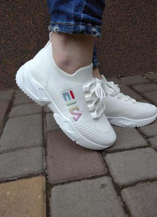 Кроссовки женские белые тканевые