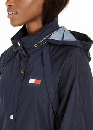 Шикарная куртка-ветровка tommy hilfiger