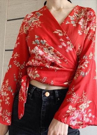 Блуза в цветы на запах , блуза в японском стиле
