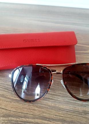 Солнцезащитные очки guess, оригинал