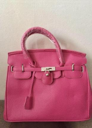 Малиновая новая сумка