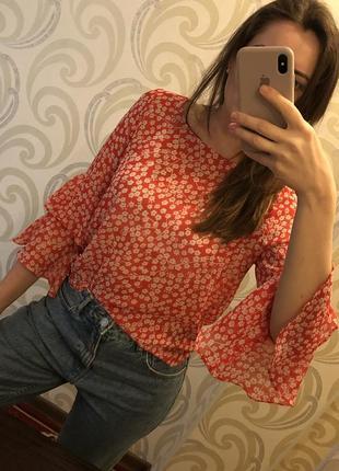 Блуза с воланами оборками цветочный принт