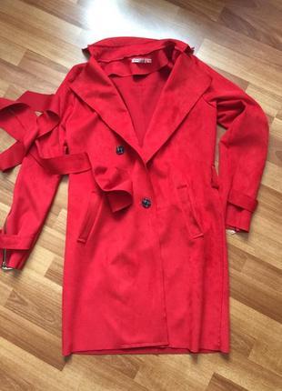 Свободный замшевый демисезонный плащ пальто под ремень под замш весна осень