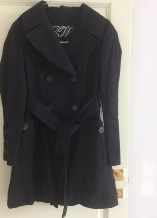 Пальто от mango