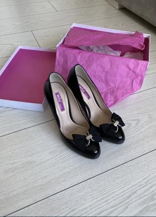 Туфли итальянской компании why denis
