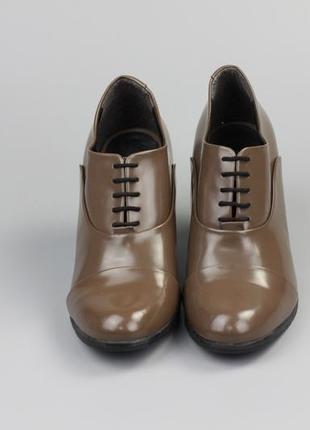 Фирменные кожаные туфли по типу ecco geox clarks