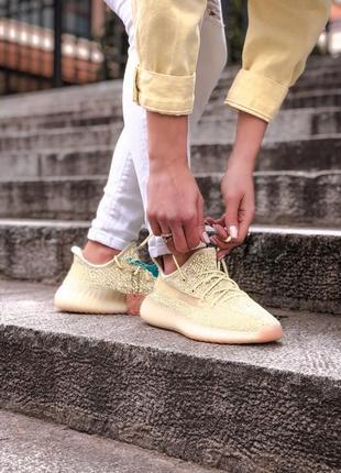 Женские шикарные кроссовки adidas yeezy boost 350 v2 antlia рефлектив / настоящий буст