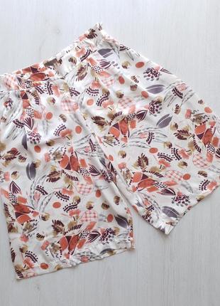 Женские стильные шорты cortefiel испания