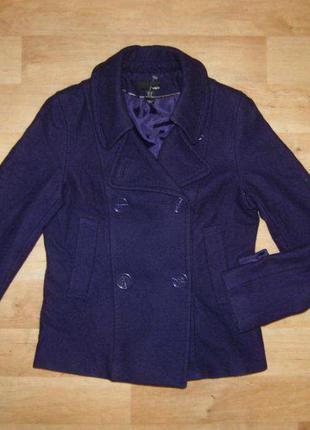 Пальто h&m фиолетовое короткое стильное шерсть s германия 44рр весна осень