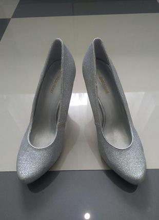 Фирменные женскиетуфельки graceland