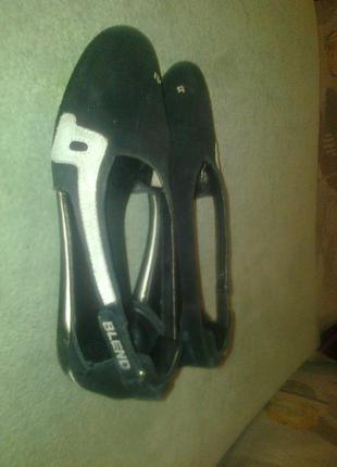 Спортивная обувь blend
