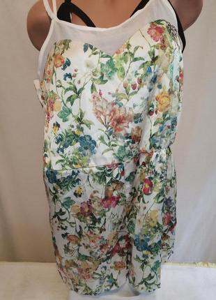 Лёгкий атласный комбинезон шортыс цветами на лето