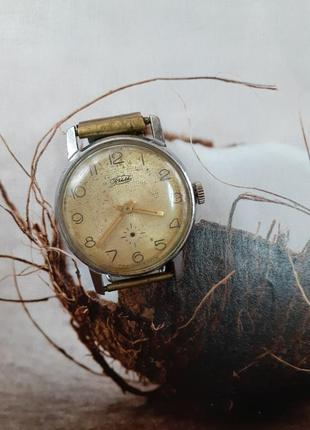 Часы зим конец 60- х  сделано в ссср хромированный корпус винтаж советские