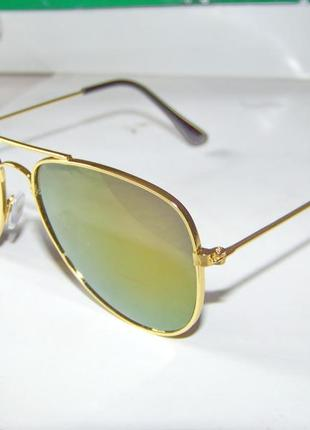 Солнцезащитные детские очки-авиаторы с золотой оправой и зеркалом