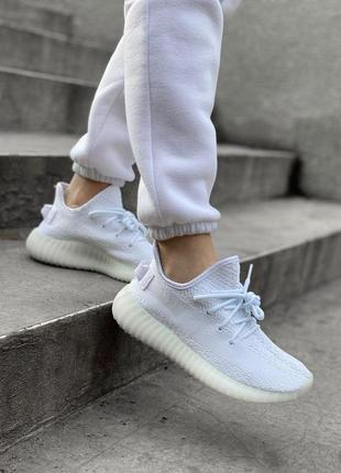 Шикарные кроссовки унисекс adidas yeezy boost 350 white