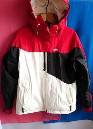 Куртка helly hansen. оригинал. не носилась.