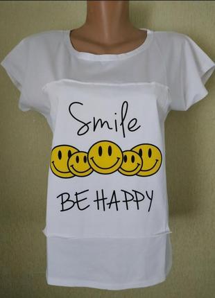 Модная стильная футболка для девушек