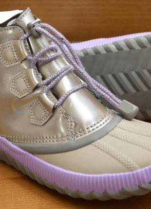 Кожаные водонепроницаемые деми ботинки sorel