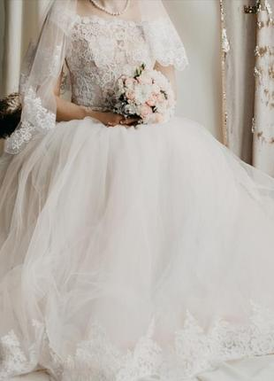 Свадебное платье (пудра)