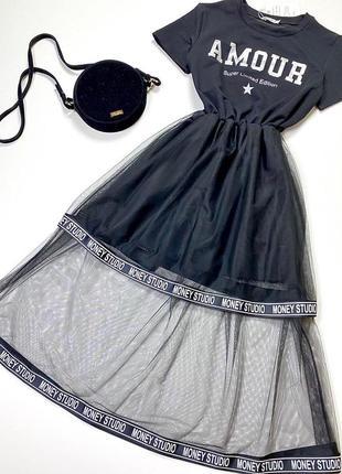 Платье с фатиновой юбкой