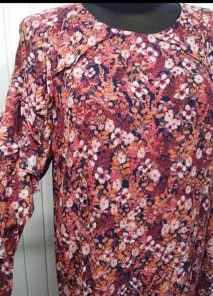 Платье h&m, цветочный принт, свободного силуэта