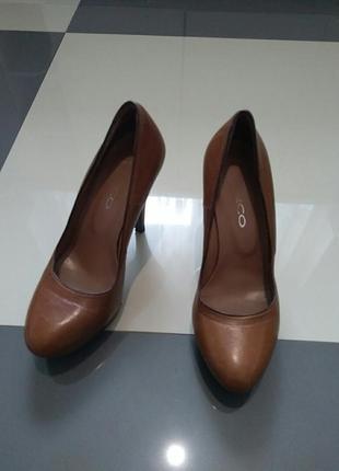 Фирменные женские туфельки vera gomma