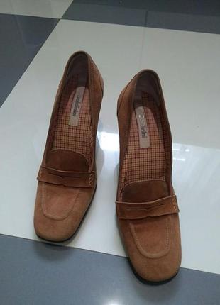 Фирменные брендовые женские туфли baldinini