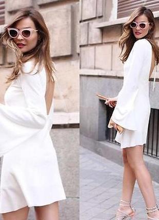 Шикарное платье с оголенной спиной zara