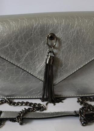 Клатч сумка серебристая на цепочке
