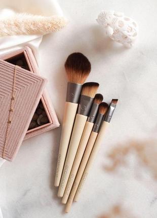 Набор кистей для макияжа ecotools start the day beautifully. 5 шт
