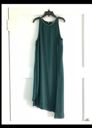 Красивое изумрудное платье