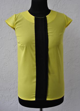 Яркая блуза с-м