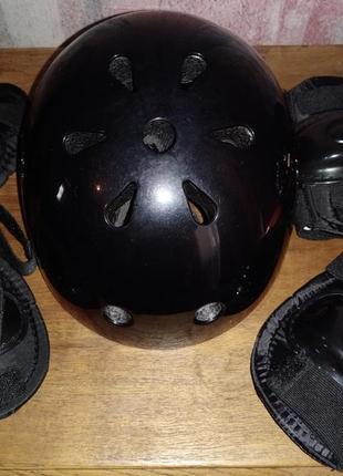 Детский шлем+комплект наколенников/налокотников