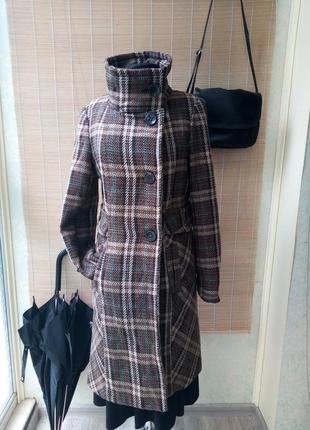 Модное пальто в клетку