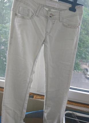 Срочно! легкие летние джинсы