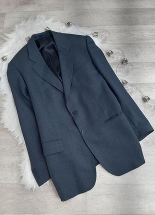 Темно- серый пиджак