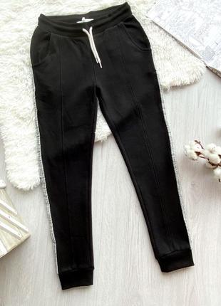 Утепленные спортивные брюки для девочки piazza italia италия