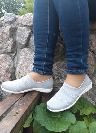Летние бесшовные туфли,кроссовки,мокасины