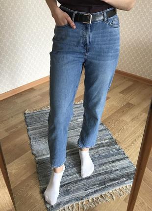 Джинсы прямого кроя / джинсы бойфренд